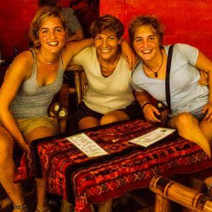 EL NIDO, PHILIPPINES, les jumelles et moi