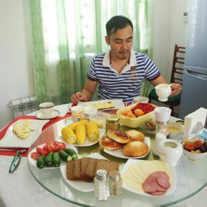 Bairan, brunch, Kazakhstan, Almaty