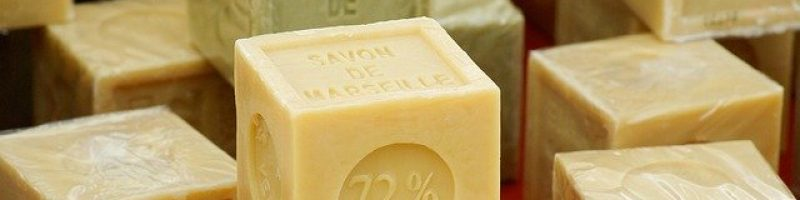 soap-673176_640